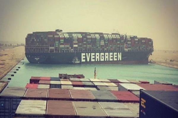Süveyş Kanalı 7. gündə qismən açıldı: Evergreen şirkətinə aid Ever Given gəmisi üzdürüldü